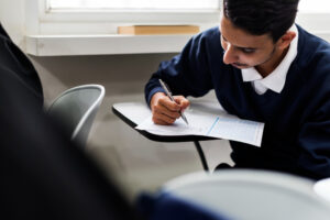 Competitive Exam Preparation Tips for Working Aspirants in 2021